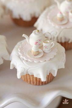 Tea Party Cupcake Toppers & Marshmallow Fondant Recipe - My CMS Marshmallow Fondant, Cupcake Fondant, Fondant Toppers, Fondant Icing, Tea Party Cupcakes, Cupcake Cookies, Teacup Cupcakes, Themed Cupcakes, Cake Pops