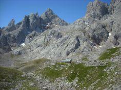 refugio y Pico de los Cabrones
