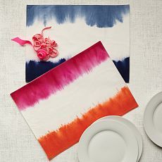 Dip-Dye Napkin Set   west elm or potential DIY Knock-Off, also good technique for table runners, napkins, and tablecloths