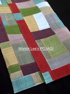 모시에 꽃밭을 짓다. 사계절의 순환처럼 나의 조각보 바느질에도 리듬이 있다. 덥고 습한 여름이 올해는 더... Picnic Blanket, Outdoor Blanket, Embroidery, Contemporary, Rugs, Sewing, Stitching, Korean, Home Decor