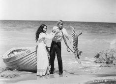 Michael York, Barbara Carrera - The Island of Dr. Moreau