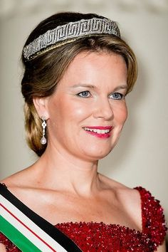 King Philippe of Belgium and Queen Mathilde of Belgium, King Abdullah II of Jordan and Queen Rania of Jordan attends a gala dinner at the Laeken royal Palace on May 18, 2016 in Brussels. The Jordanian royals are on official two-day visit to Belgium.