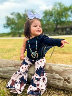 Western Baby Girls, Western Baby Clothes, Baby Kids Clothes, Country Baby Clothes, Country Babies, Cute Baby Girl Outfits, Cute Outfits For Kids, Baby Outfits Newborn, Toddler Outfits
