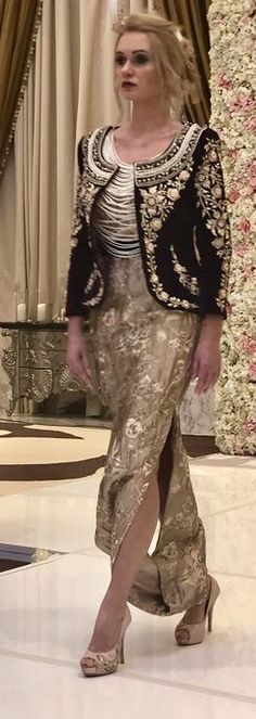 For plain black cropped jacket Couture Fashion, Hijab Fashion, Fashion Dresses, Beautiful Gowns, Beautiful Outfits, Sunday Dress, Altered Couture, Pakistani Dresses, Traditional Dresses