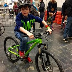 Thanks @islabikes_uk for letting Tom borrow a Crieg @thelondonbikeshow by djsnapperuk