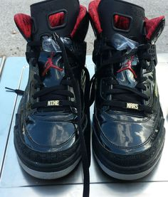 2010 Air Jordan (XXV) Noir/Rouge magasin
