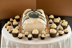 Oilers jersey Cake by Whippt Desserts & Catering Craft Wedding, Canapes, Food Service, Grooms, Cake Designs, Macarons, Catering, Sculpting, Wedding Cakes