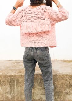 Fall essentials include this beautiful cardi designed for us 😌❤️ ⁣ Crochet Jacket, Crochet Cardigan, Knitting Kits, Knitting Designs, Moda Crochet, Knit Crochet, Poncho, How To Purl Knit, Crochet Woman