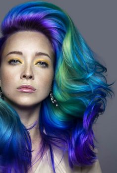 Green purple dyed hair @daryna_barykina