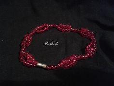 pulsera de abalorios de cristal. Diseño original (Rosa Blanca)