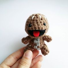 Instagram media by anyazoe - Sackboy! :) #sackboy #littlebigplanet #ps3 #ps4 #playstation #amigurumi #crochet #doll #plushie #anyazoe