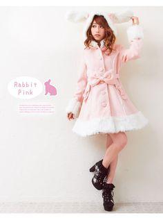 aw, i want this usagi coat :3