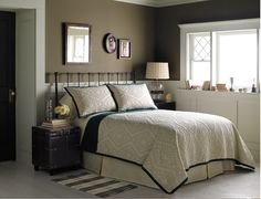 Wall Color - Cocoa w/White Wainscoting
