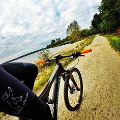 Missing summer in Berlin already.   Schon wird der Sommer in Berlin vermisst.   #konstructive.de #mountainbike #allmountainstyle #biking #mountainbiking #whereweride #mtb #revolutionsports.eu #cyclelikeagirl #steelisreal #igersmtb #freeride #gopro #garda #girlsonbike #outdoors #enduromtb #cyclechicks #allmountainstyle #bike #downhill #cyclinglife #cycling #singletrack #bikelove #29er #ilovemybike #cyclist #mtblove #igerscycling