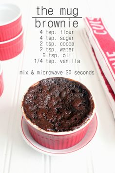 Mug brownie recipes, Mug recipes, Desserts, Brownie in a mug, Brownie recipes. Easy Desserts, Delicious Desserts, Yummy Food, Easy Microwave Desserts, Quick Simple Desserts, Tasty, Simple Dessert Recipes, Easy Microwave Recipes, Green Desserts