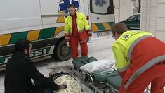 Tässä osiossa toimitaan onnettomuustilanteessa. Näin toimit, kun tulet onnettomuuspaikalle ja hälytät paikalle ambulanssin. Osioon kuuluvat kirjalliset tehtävät julkaistaan myöhemmin.