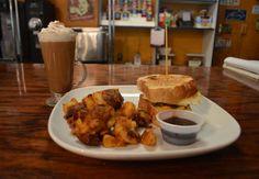 Cincinnati's 5 Best Breakfast Spots for Fall Cincinnati Food, Grubs, Best Breakfast, French Toast, Fall, Autumn, Fall Season