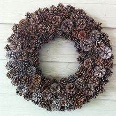 Easy tips for creating your DIY pinecone wreath! A perfect wreath for fall to winter decor, just change up the ribbons! Pine Cone Art, Pine Cone Crafts, Pine Cones, Fall Crafts, Christmas Crafts, Christmas Christmas, Xmas, Diy Crafts, Modern Fall Decor