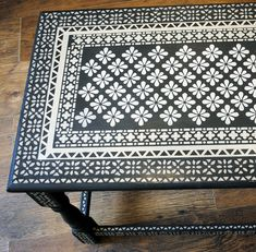Stencilled table top using stencils from Nicolette Tabram using Annie Sloan Chalk Paint