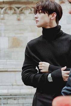 Handsome Prince, Handsome Boys, Korean Celebrities, Korean Actors, Ahn Hyo Seop, Astro Wallpaper, Cha Eunwoo Astro, Joon Hyuk, Lee Dong Min