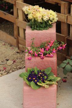 עציצי מדרגה לגינה ולכניסה לבית https://www.facebook.com/yaligarden65