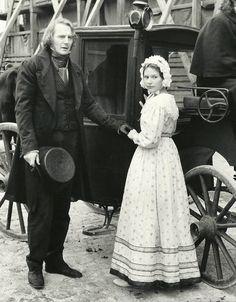 Claire Danes & Liam Neeson (Les Miserables 1998) Bille August. Photo Columbia Pictures & Mandalay Entertainment.