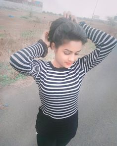 Image may contain: 1 person, stripes Simple Girl Image, Cute Girl Photo, Beautiful Girl Image, Stylish Girls Photos, Stylish Girl Pic, Girl Photos, Beautiful Girl In India, Beautiful Girl Photo, College Girl Photo