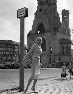 Gisela Ebel Penkert    by Michael Rougier    1957