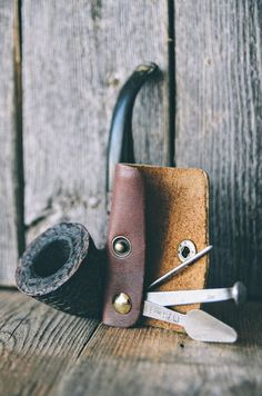"""kustomlove: """"TABACCO PIPE TOOL handcrafted by CAPT. Got some fresh leather, so I'll be hammering out some tool cases and such very soon! Wooden Smoking Pipes, Tobacco Pipe Smoking, Tobacco Pipes, Smoking Wood, Smoke Art, Up In Smoke, Cigar Cases, Good Cigars, Pipes And Cigars"""