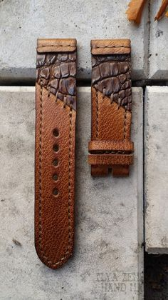 Leather Backpack, Leather Wallet, Leather Pattern, Apple Watch Bands, Vintage Watches, Leather Working, Leather Craft, Bracelet Watch, Creations