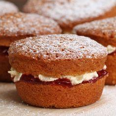 Mini Victoria Sponges Recipe by Tasty