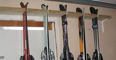 Make your own wall-mounted ski rack in your home or garage with help from this complete list of tools and material, step by step instructions and photos. Garage Storage, Diy Storage, Tool Storage, Garage Organization, Ski Rack, Ski Decor, Simple Shed, Home Tools, Building A Deck