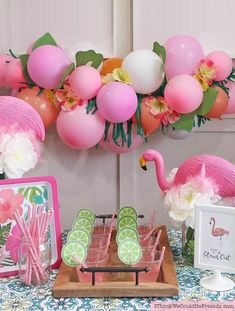 A Flamingo Themed Baby Shower Party that didn't break the bank! Tropical balloon garland, flamingo cupcake toppers & centerpieces all with Dollar Tree items! Flamingo Party, Flamingo Cupcakes, Flamingo Baby Shower, Flamingo Birthday, Flamingo Decor, Cheap Baby Shower Favors, Bridal Shower Favors Diy, Shower Party, Baby Shower Parties