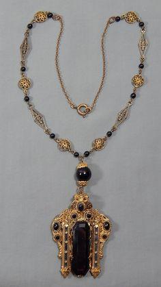 Vintage Art Deco Etruscan Revival Black Glass Brass Filigree lavalier Necklace