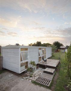 MIA HOUSE - Housing prototype in Santo Tomé, Argentina by Matías Pons Estel.