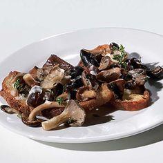 I'm going to make Wild Mushroom Crostini! Which vegetarian recipe should you try tonight?