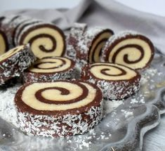 Roll with coconut and biscuits- Rulada cu nuca de cocos si biscuiti Roll with coconut and biscuits - Romanian Desserts, Romanian Food, Cake Recipes, Dessert Recipes, Homemade Sweets, Types Of Cakes, Cheesecake Desserts, Pastry Cake, Dessert Drinks