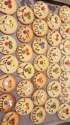 Cute silly faces ideas for round sugar cookies