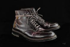 Never been a huge fan of split-toe boots, but the patina on this #8 cordovan is nice