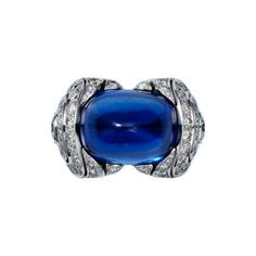 Cartier Royal ring, platinum, one 22.75 carat sugarloaf sapphire from Ceylon, brilliant-cut diamonds.