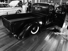 Slammed 1940 Ford Ratrod pick up