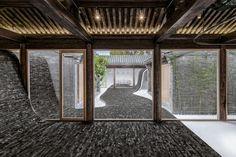 Twisting courtyard, rénovation d'une maison traditionnelle chinoise par ARCHSTUDIO - Journal du Design