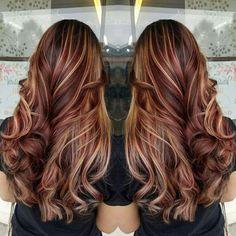 Red hair, balayage, brown hair, blonde highlights, contrast, long hair, curls #vistabellesalon
