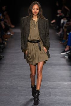 Isabel Marant Fall 2014 Ready-to-Wear Fashion Show - Nadja Bender