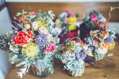 Wedding costs mount up quickly. Can cheap wedding flowers still make the big impression you want? Discover the clever wedding flower secrets you need to know (DIY wedding flowers included)! Romantic Wedding Flowers, Cheap Wedding Flowers, Floral Wedding, Wedding Colors, Diy Wedding, Wedding Gifts, Spring Wedding, Table Wedding, Ivory Wedding