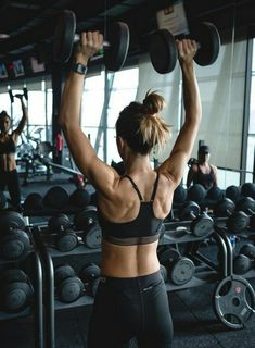 5 shoulder training sessions that will prepare you for the summer - Societ . - 5 shoulder workouts that will prepare you for the summer – – Fotos fitness – # - Photos Fitness, Fitness Models, Gym Photos, Musa Fitness, Body Fitness, Physical Fitness, Workout Fitness, Fitness Diet, Fitness Humor