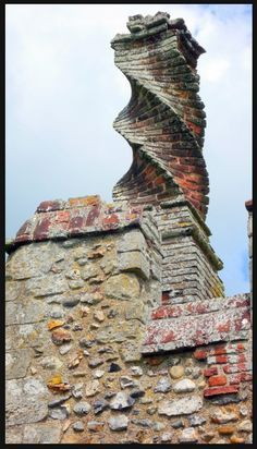 Twisting Brick Chimney, Framlingham Castle, Suffolk, England by Sarah Graham Beautiful Architecture, Beautiful Buildings, Architecture Details, Beautiful Places, Chateau Medieval, Brickwork, Old Buildings, Suffolk England, England Uk
