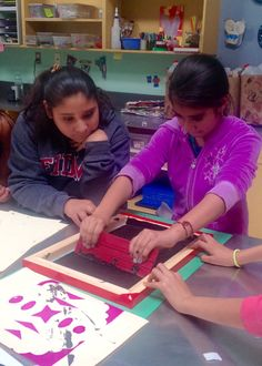 Screen Printing 101 | 4th graders Fatima & Cassandra getting their hands dirty!