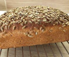 Celozrnný chlebík Bread, Food, Brot, Essen, Baking, Meals, Breads, Buns, Yemek