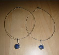 Zilveren hangers voor twee vriendinnen (Gasya en Leysan) met lapis lazuli
